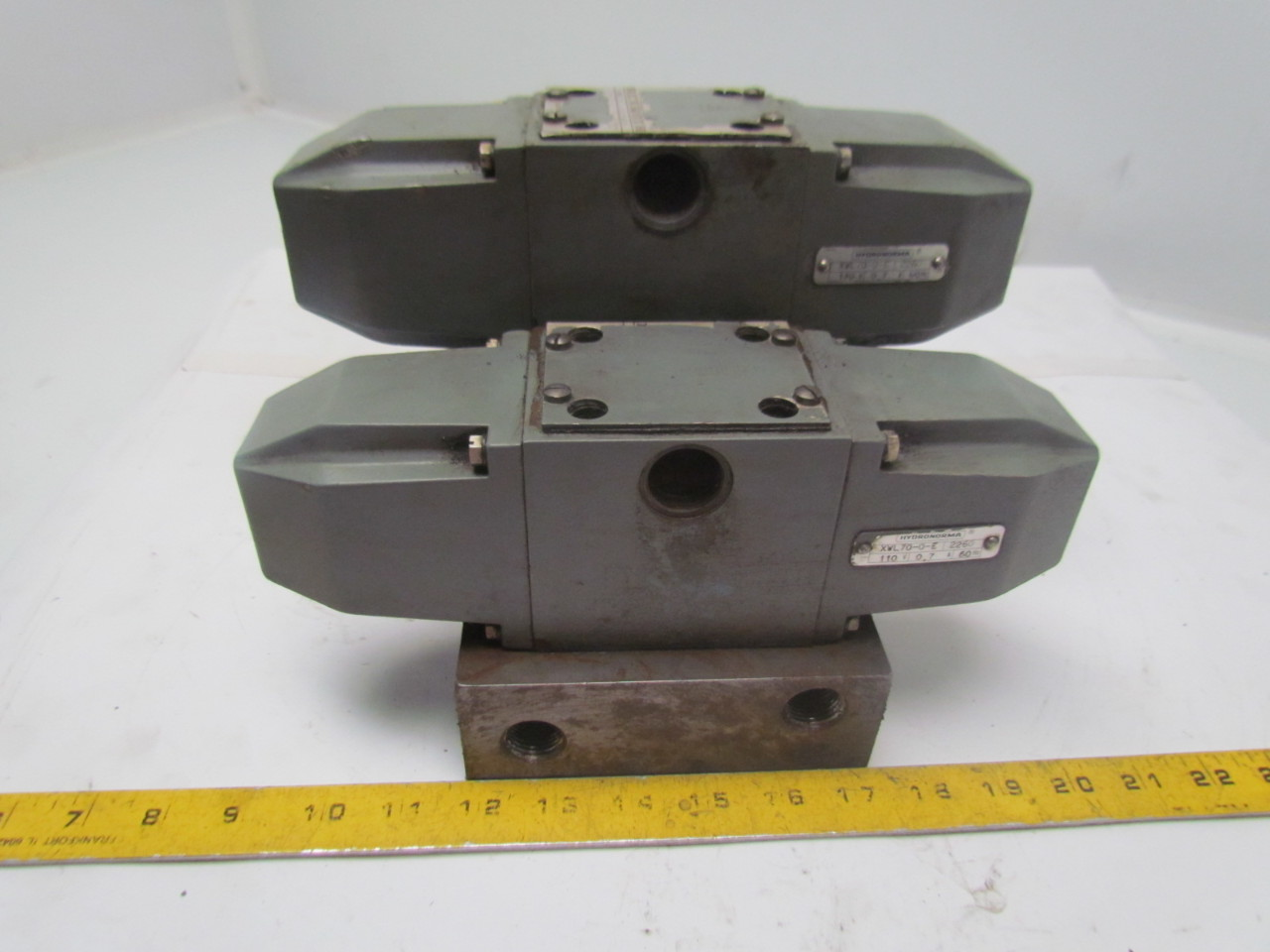 Rexroth 4WE10J4.0/W110-60N Solenoid Directional Spool Hydraulic Valves