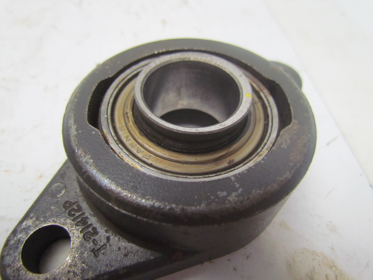 Fafnir vcjt1 2 bolt flanged bearing housing 1 7 16 id lot for House bearing