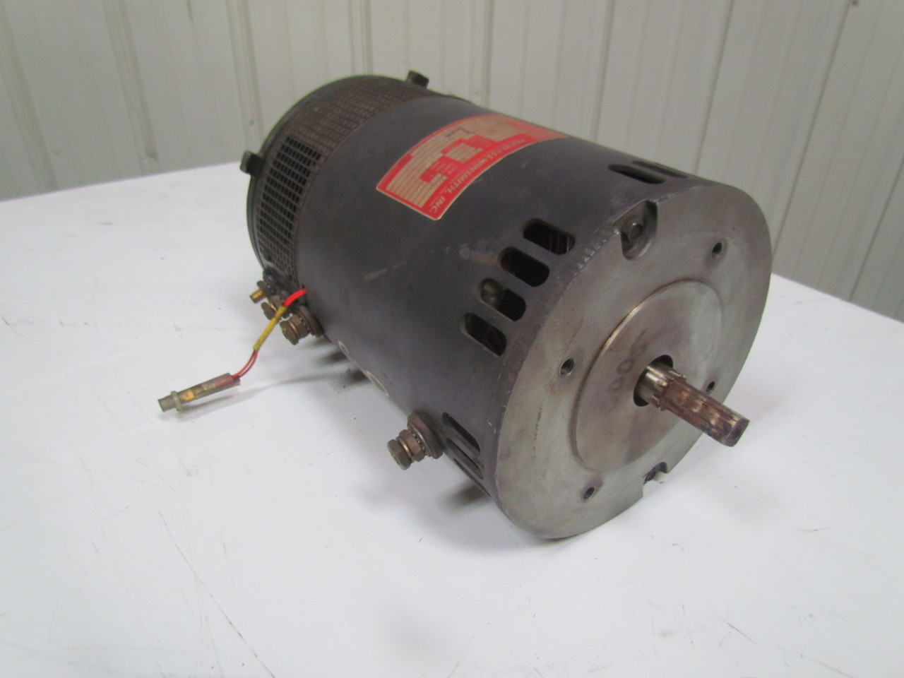 Peerless Winsmith 150 29 0005 0 24vdc Electric Drive Motor