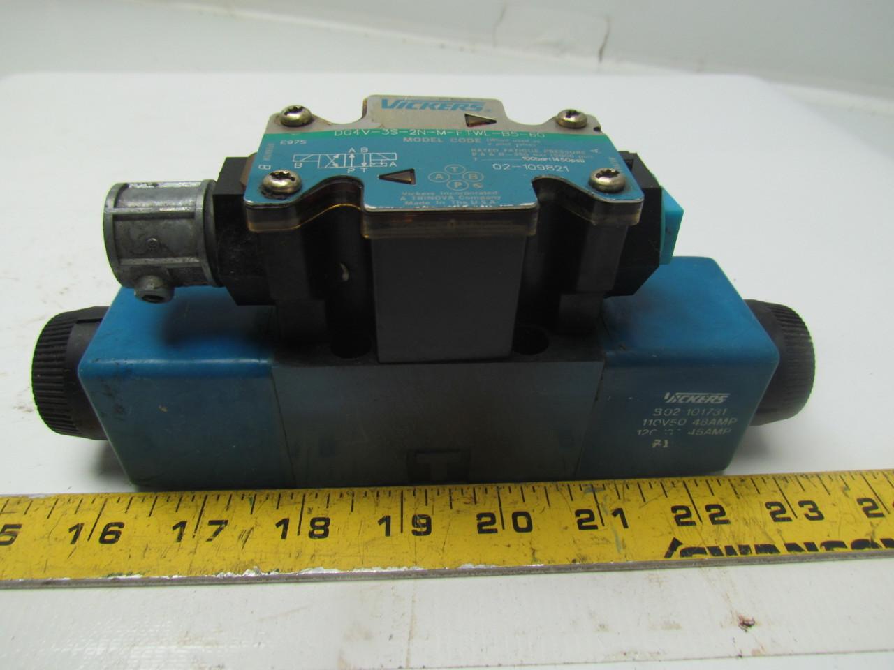 Vickers DG4V-3S-2N-M-FTWL-B5-60 120V Reversible Hydraulic Control Valve Size D03