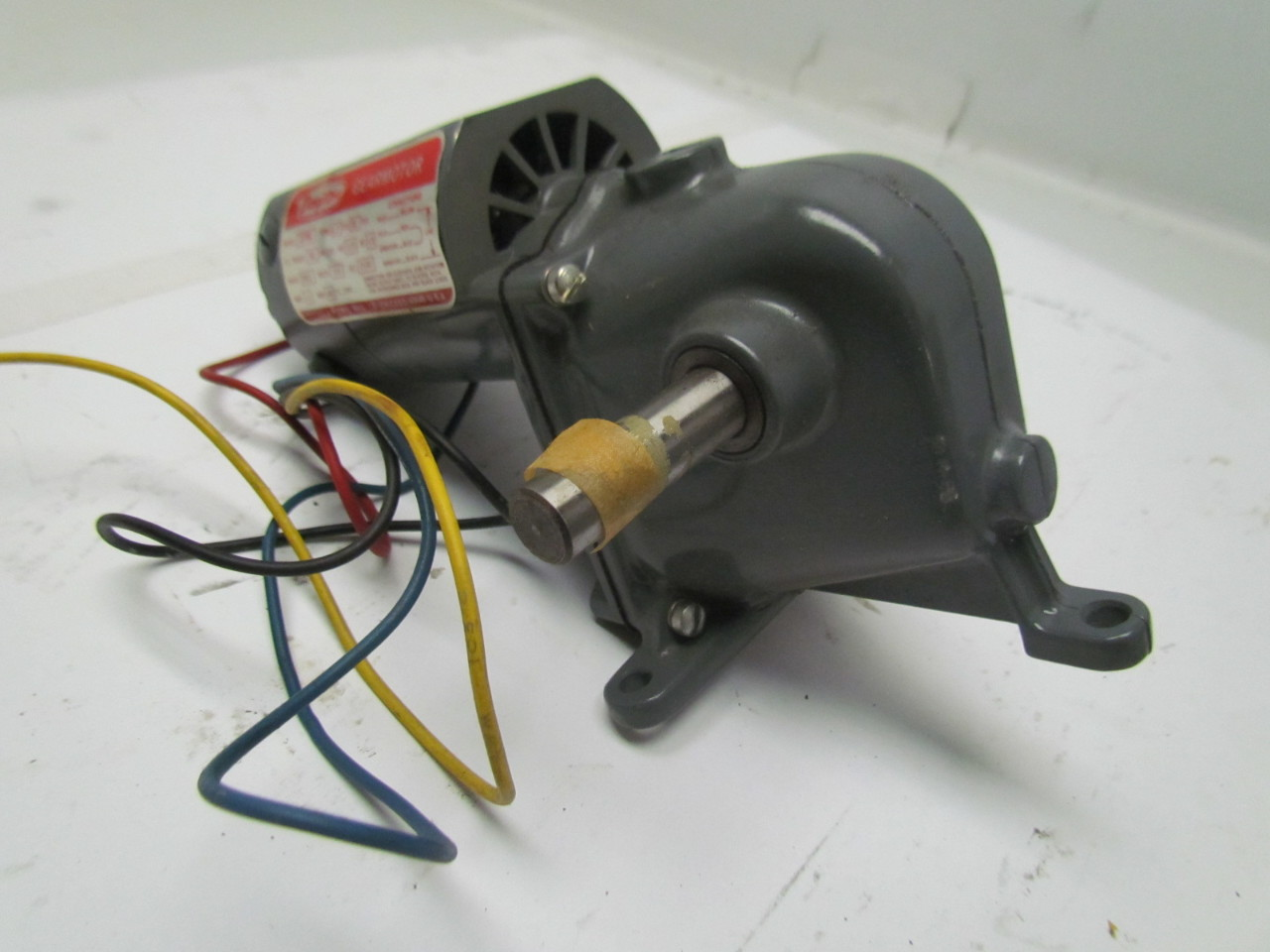 Dayton 2z798a 745 1 ratio gearmotor 1 15hp 115v ac dc 1 2 for 15 hp dc electric motor