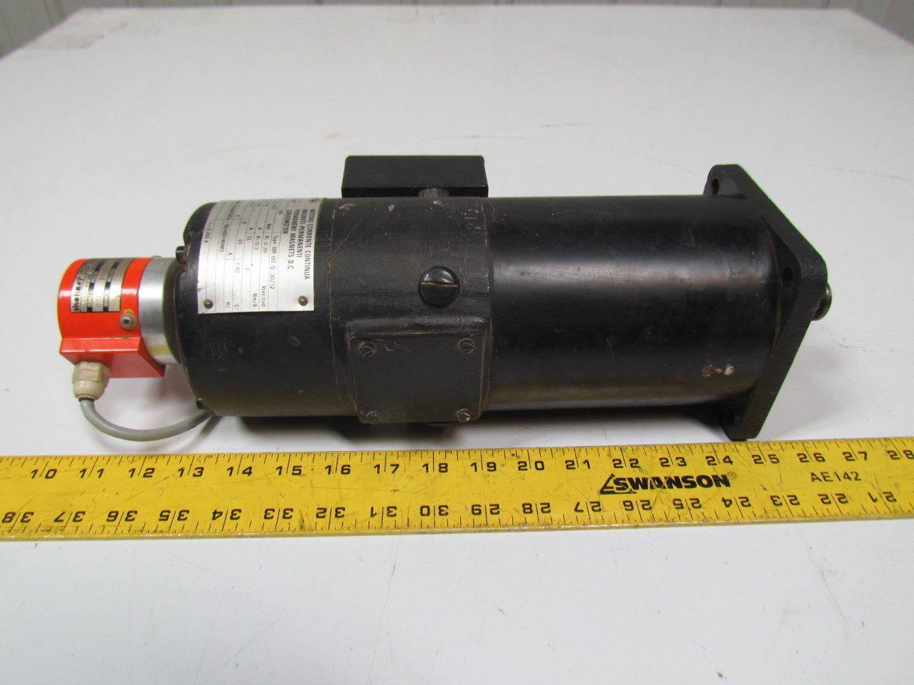 Magnetic rover 21038 dc servo motor from rover router w for Dc servo motor with encoder