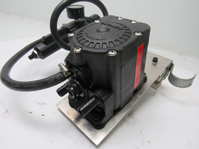 Flojet G575215 Air Operated Double Diaphragm Pump 1 2