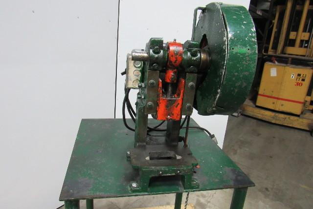 Used Welders For Sale >> Alva Allen B-2 2 Ton Mechanical Foot Trip OB Bench top ...