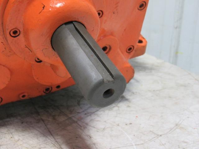 Oilgear Dp2025 Hydraulic Pump Dual Output 1 5 8 Quot Shaft