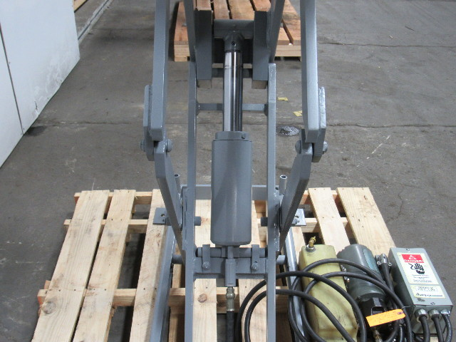 "Used Welders For Sale >> AMERICAN MFG 1000LB 115/230V 1Ph Scissor Lift Table 39""x25 ..."