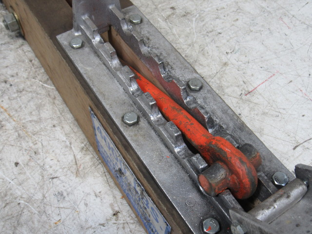 Sackett Systems Industrial Battery Lifting Beam Spreader