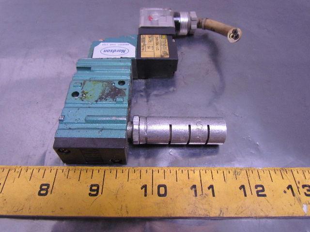 nordson 303010 solenoid valve 4 way mac valve 1 4 quot npt ports 24vdc 120 psi max bullseye