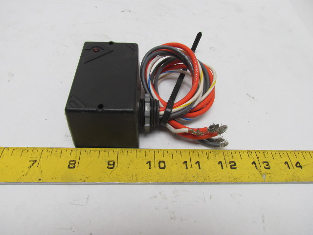 Veris H120 SPST Enclosed RelayCurrent Switch 20Amp 277VAC