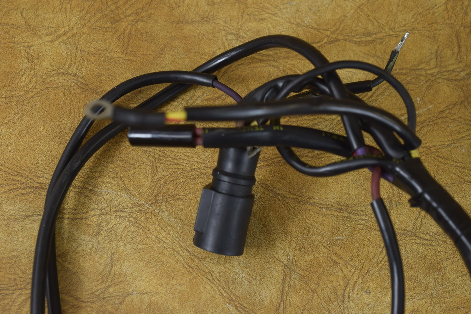 johnson evinrude motor cable wiring harness 583036 1986. Black Bedroom Furniture Sets. Home Design Ideas