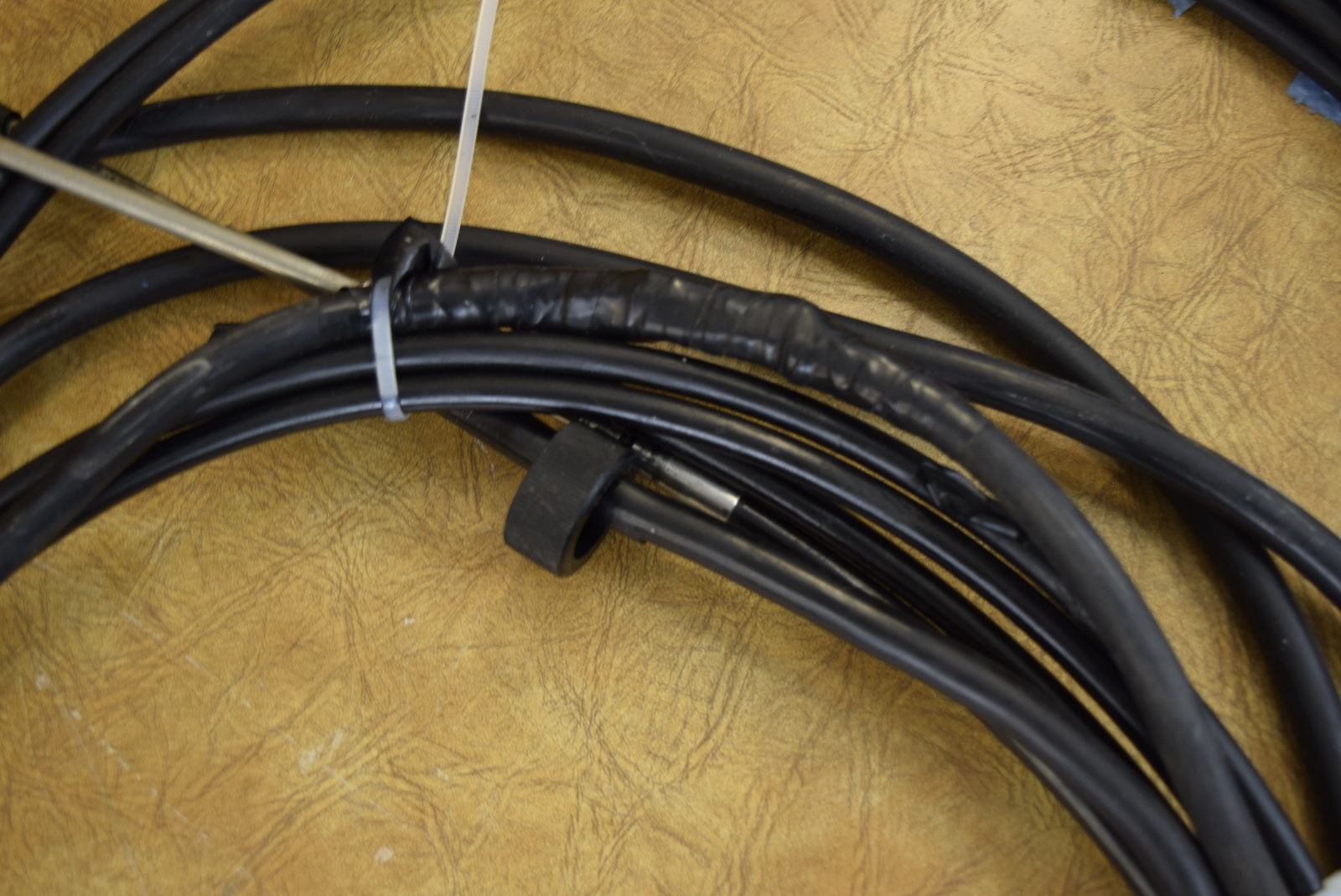 Suzuki Outboard Cables : Suzuki marine side mount control box with foot cables