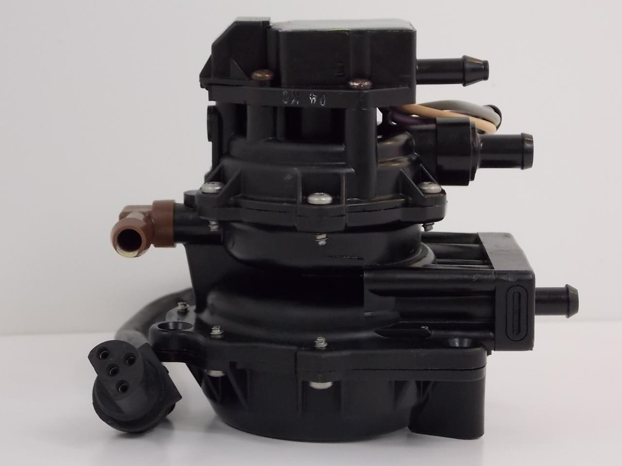 1 year warranty 1985 05 johnson evinrude 4 wire vro pump 175230 rh southcentraloutboards com VRO Pump Diagram VRO Pump Problems
