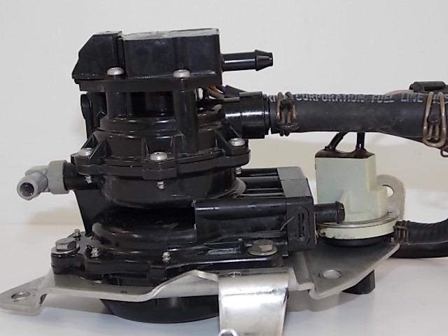 Johnson Evinrude Fuel Pump Vro 4 Wire With Bracket 1997