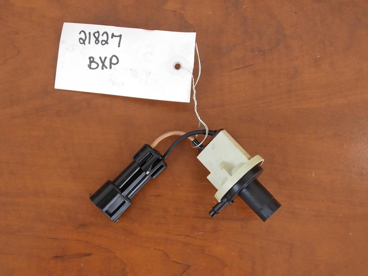 Johnson Evinrude Vacuum Switch 1995