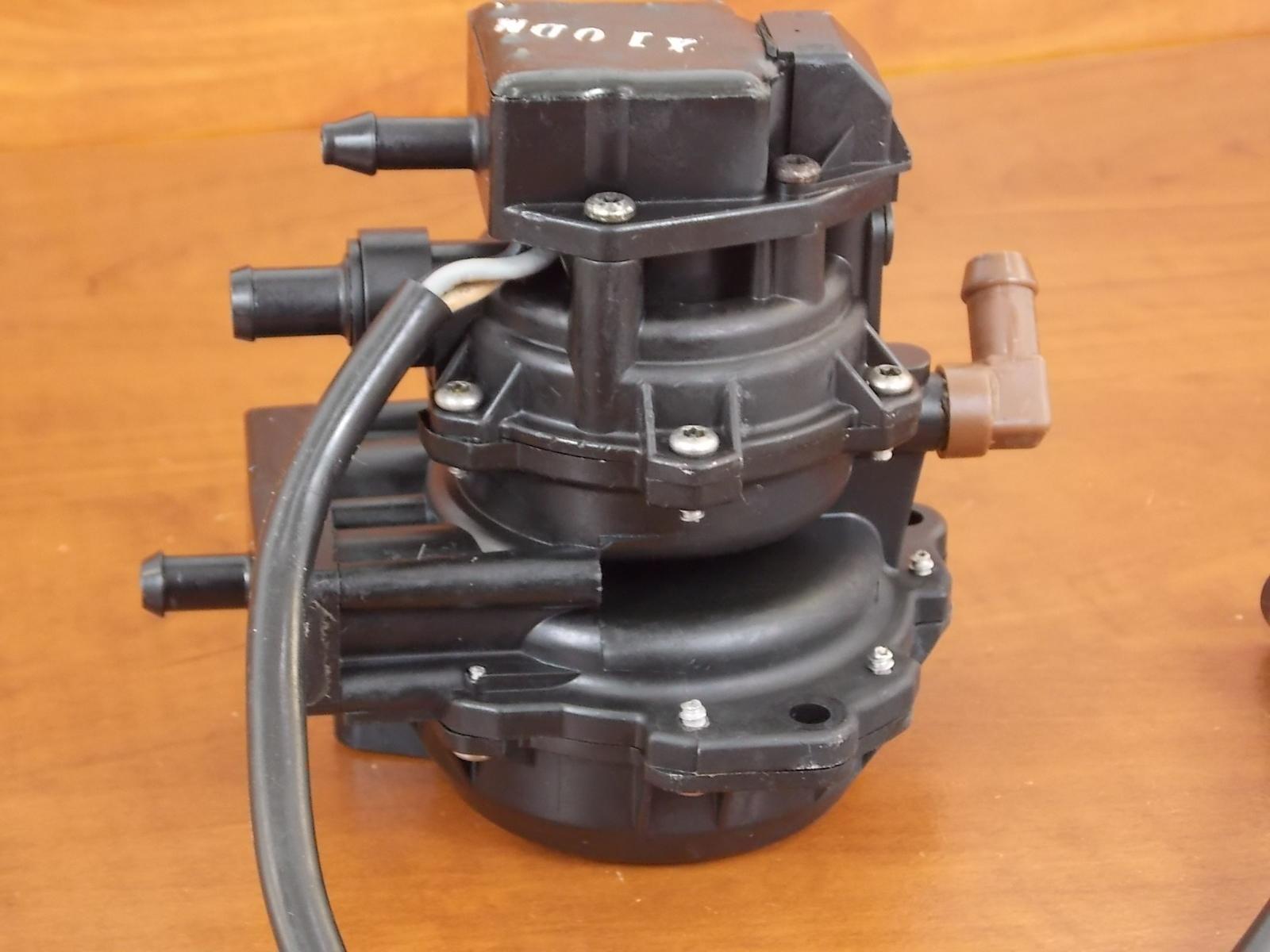 johnson evinrude 3 wire vro pump 1986 1990 60 225 hp. Black Bedroom Furniture Sets. Home Design Ideas