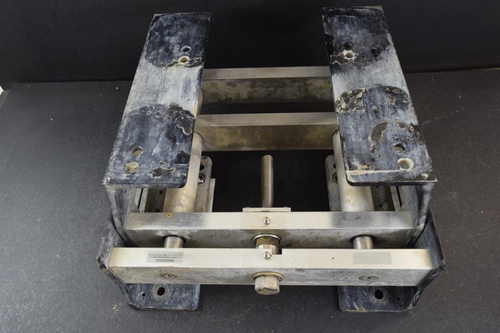 Universal Manual Detwiler Jack Plate Set Transom Support