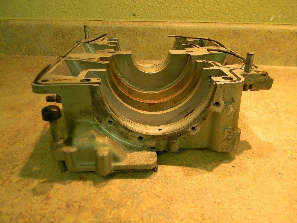 johnson evinrude crank case 386070 1974 1977 85 115 hp. Black Bedroom Furniture Sets. Home Design Ideas