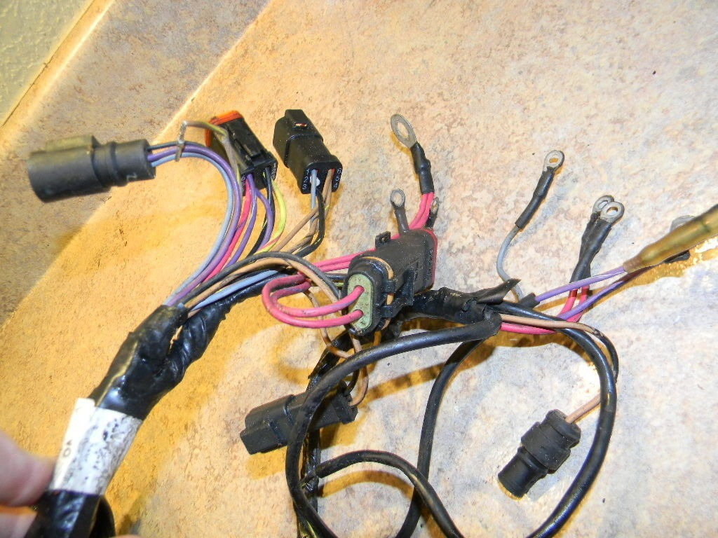 Johnson Evinrude Motor Cable Engine Harness 586020 1996 2005 40 48 50 55 Hp Southcentral Outboards