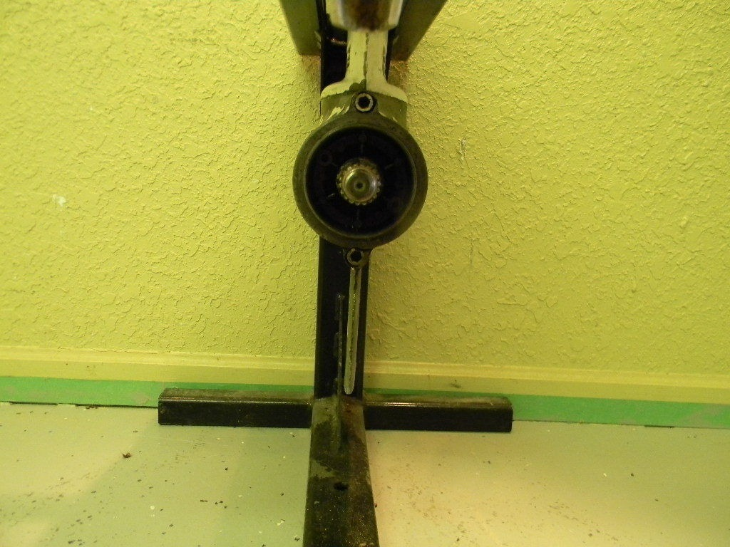 Chrysler Outboard 252b3g Engine Cover And Support Plate Diagram And