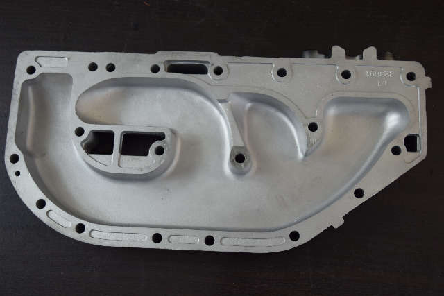 1979-1988 Johnson Evinrude Exhaust Manifold 323691 0323691 60 65 70 75 HP 3 cyl