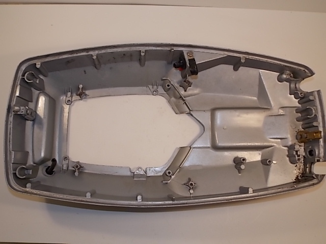 Johnson Evinrude Lower Engine Cover 85 97 35 40 45 48 50