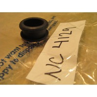 New Johnson Evinrude OMC Water Tube Grommet 311522