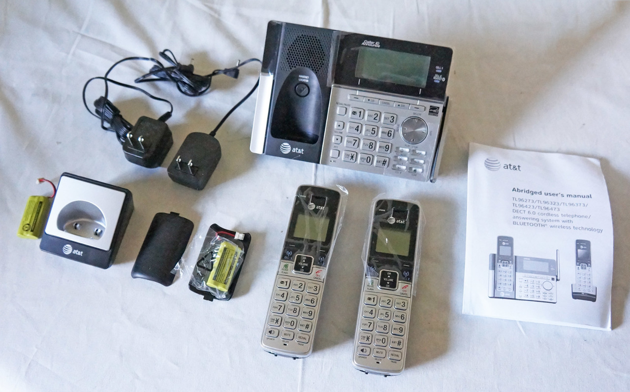 at t tl96273 dect 6 0 expandable cordless phone kit w 2 bluetooth handsets mdg sales llc. Black Bedroom Furniture Sets. Home Design Ideas