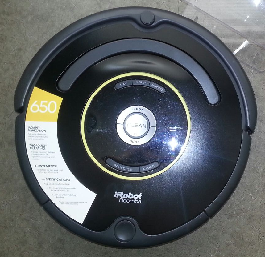 irobot roomba 650 vacuum cleaning robot display model as is. Black Bedroom Furniture Sets. Home Design Ideas