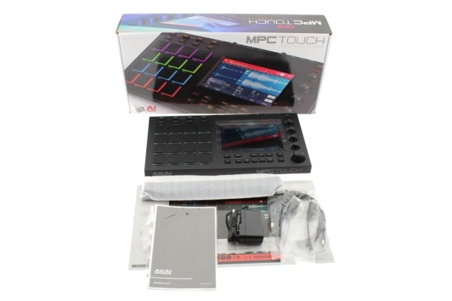AKAI PROFESSIONAL MPC TOUCH KEYBOARD PRODUCTION STATION MPCTOUCH