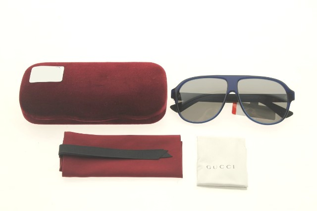 9b1cb2edc27 GUCCI GG0009S 004 BLUE SUNGLASSES CASE COLOR RED