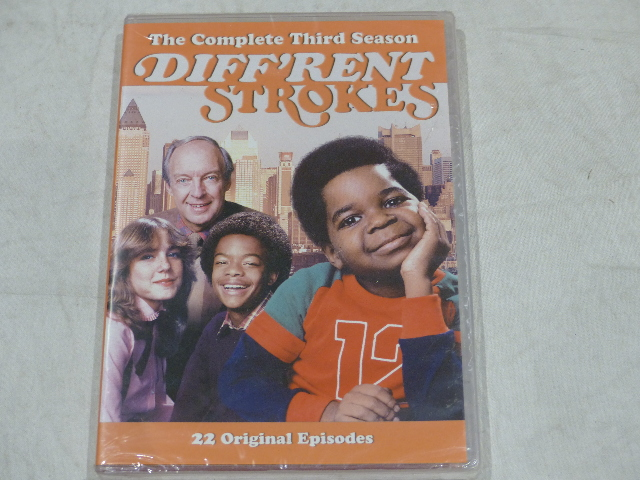 DIFF'RENT STROKES: THE COMPLETE THIRD SEASON DVD SET NEW