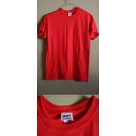 LOT OF 12 GILDAN SMALL RED MEN'S 50/50 DRYBLEND T-SHIRTS NEW!