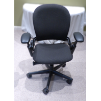 STEELCASE BLACK OFFICE CHAIR LEAP V2