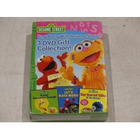 SING ALONG WITH SESAME STREET 3 DVD GIFT COLLECTION NEW