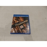 THE DARKNESS BLU-RAY+DIGITAL HD NEW (NO SLIPCOVER)