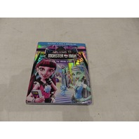 WELCOME TO MONSTER HIGH: THE ORIGIN STORY BLU-RAY+DVD+DIGITAL HD NEW W/ SLIPCOVER