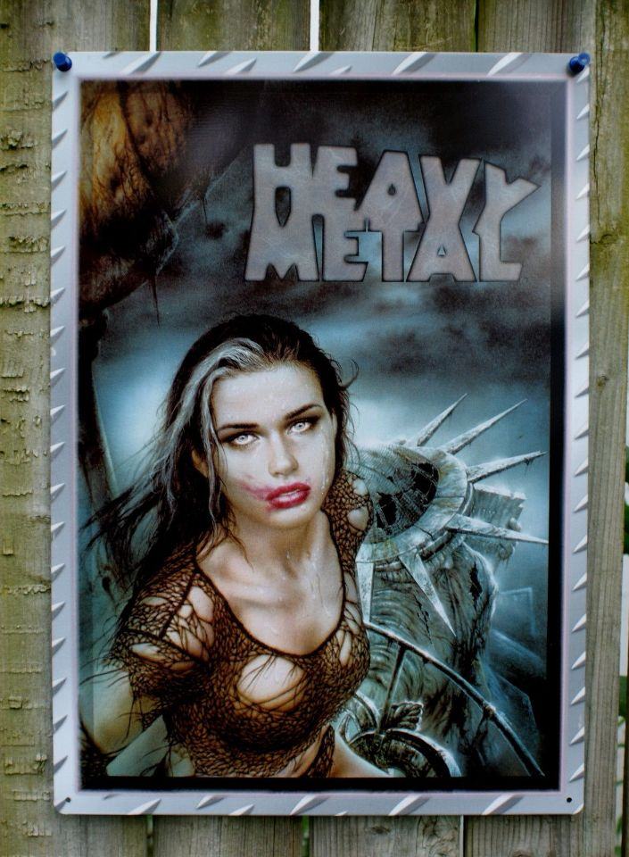 Heavy Metal Magazine New York Statue Of Liberty Tin Metal