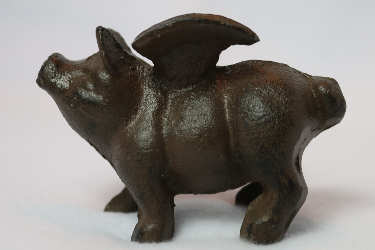 Cast Iron Flying Pig Desk Home Decor Hog Angel Wings Farm County