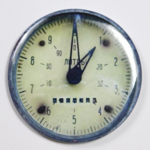 """Steampunk Gauge Meter Magnets FRIDGE MAGNET Vintage Style 2 1/4"""" Rnd"""
