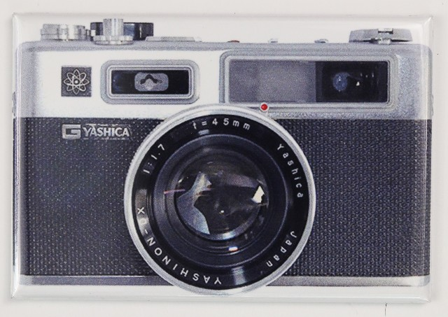 Yashica Vintage 35 mm Camera FRIDGE MAGNET Photography Canon Nikon Sony Alpha