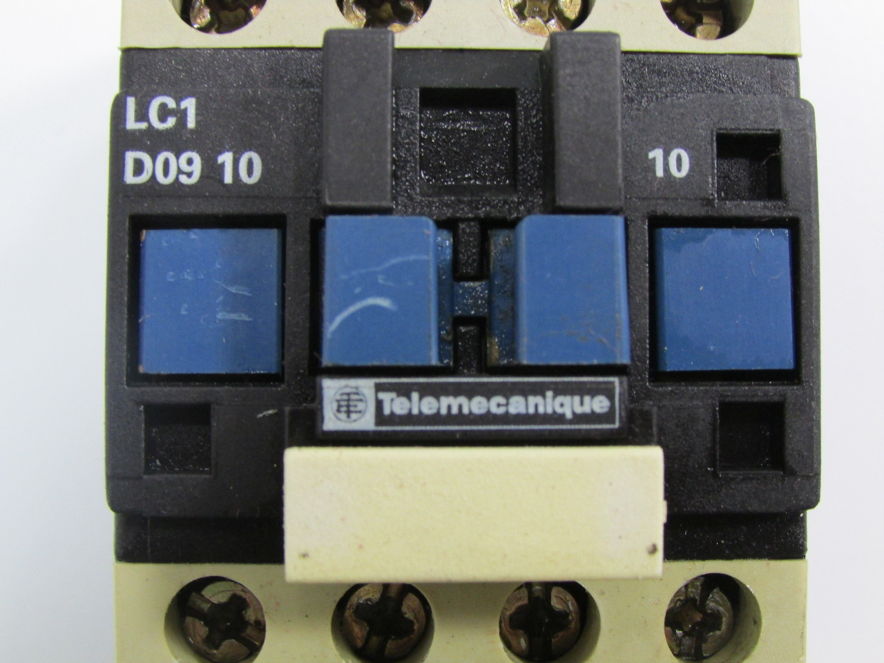 Lot Of  20  Telemecanique Lc1 D09 10 Contactor 110v