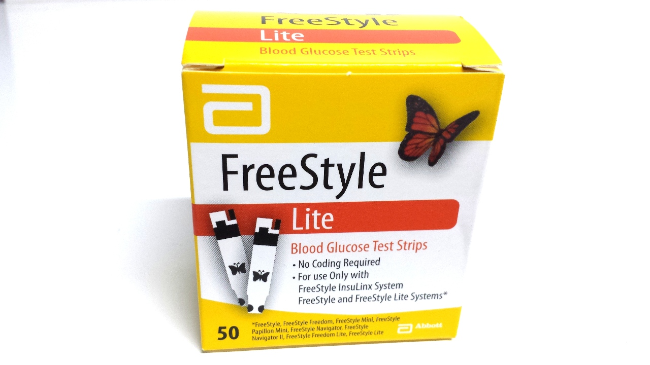 freestyle lite and test strips jpg 853x1280