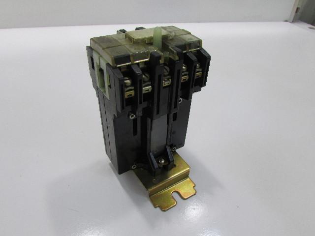 TELEMECANIQUE CONTACTOR CA2-A 600V 322324-B