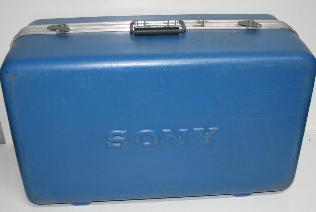 * SONY EVW-300 Hi8 CAMCORDER CASE ONLY
