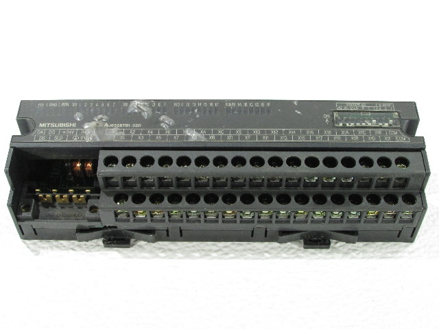 MITSUBISHI AJ65SBTB1-32D I/O MODULE 5AMP 24VAC 32POINT