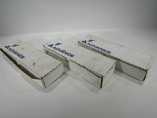 NEW LOT OF 3 ADVANCE TRANSFORMER VEL-2S110 BALLAST F48T12 LAMP 2INPUT 277
