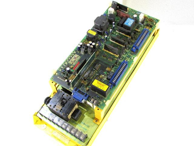 * FANUC A06B-6058-H011 ROBOT AC SERVO DRIVE