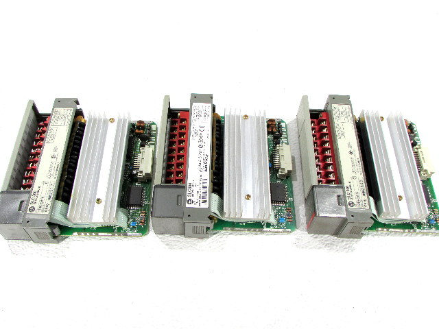 * LOT OF (3) ALLEN BRADLEY 1746-OA16 OUTPUT MODULE *WARRANTY*