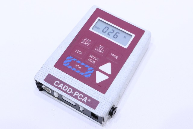 * SIMS DELTEC CADD-PCA 5800 AMBULATORY INFUSION PUMP