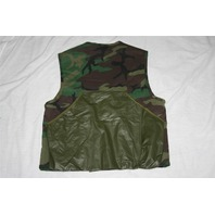 ~ Woodland Hunting Ranger Camo Vest Size M (32-34) with Game Bag
